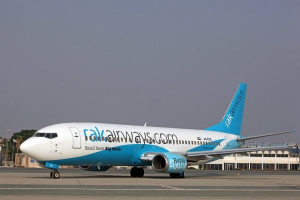RAK 737-400 - 4